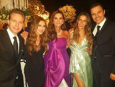 Los adorooooo !!!! @claudiaalvarezo @billyrovzar 💕💕💕💕💕 Celebramos el amor !!!! @raqueleichelmann que hermosa noche !! 😘💖💖💖💖