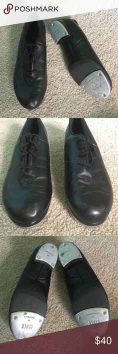 Bloch Split-Sole Tap Shoes Gently used black tap shoes. Haven't worn them in years since I quit tap in middle school lol make me an offer ☺️ Bloch Shoes Mules & Clogs