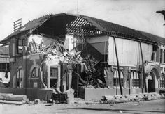 February 1931 – Hawke's Bay earthquake: Much of the New Zealand city of Napier is destroyed in an earthquake measuring on the Richter scale. New Zealand Earthquake, New Zealand Cities, Grand Hotel, Natural Disasters, Fun Facts, The Past, Street View