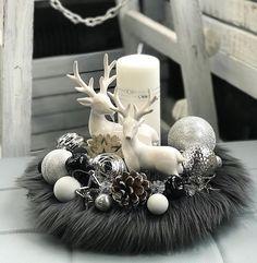 Winter Christmas, Christmas Home, Christmas Wreaths, Christmas Crafts, Christmas Ornaments, Rose Gold Christmas Decorations, Christmas Table Settings, Reno, Decoration Table