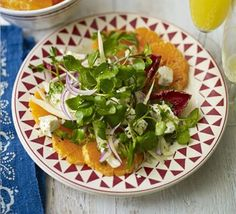Clementine, feta & winter leaf salad - great for Christmas Bbc Good Food Recipes, Healthy Salad Recipes, Vegetarian Recipes, Cooking Recipes, Slow Cooked Pork, Clean Eating, Healthy Eating, Watercress Salad, Veggies