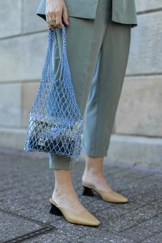 The humble grocery bag has become the sartorial accessory of summer Pick o… – macrame New York Fashion, Net Bag, Winter Stil, Unique Prom Dresses, Fashion Details, Fashion Design, Giorgio Armani, Fashion Outfits, Womens Fashion