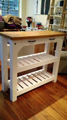 mesa cocina madera Diy Home Furniture, Diy Pallet Furniture, Woodworking Furniture, Furniture Projects, Custom Furniture, Diy Kitchen Island, Kitchen Decor, Country White Kitchen, Palette Furniture