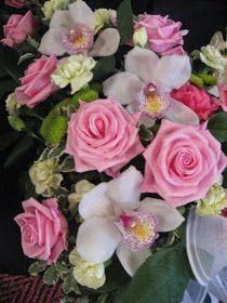 Touhua  ja töminää: marraskuuta 2014 Floral Wreath, Wreaths, Rose, Flowers, Plants, Decor, Floral Crown, Pink, Decoration