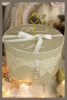 Urne avec dentelle et clé # Wedding card box