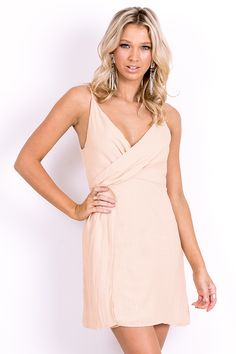 Women's dresses to take you from day to night. From casual linen dresses or cocktail and party dresses for the event of the season. Linen Dresses, Formal Dresses, Wedding Dresses, Women's Fashion Dresses, Pretty Dresses, The Hamptons, Wrap Dress, Party Dress, Casual