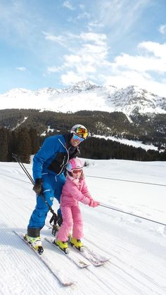 Private ski lessons for all ages and abilities in Lenzerheide with Epic. #lenzerheide #graubunden #switzerland #skiing