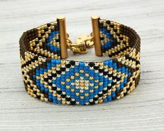 Loom beaded bracelet with glass seed beads brass by LaddertotheSky