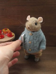 Mouse with a book of needle felting