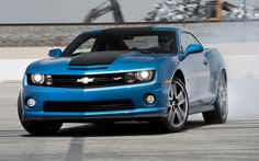 2013 Chevrolet Camaro SS Hot Wheels Special Edition First Test - Motor Trend
