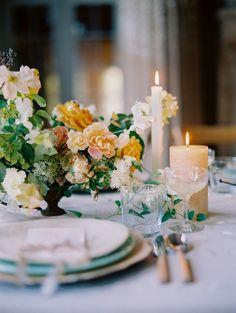 Wedding Table Settings, Wedding Table Centerpieces, Wedding Reception Decorations, Wedding Tables, Orange Wedding, Floral Wedding, Wedding Flowers, Elegant Wedding, French Wedding