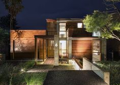 seaside residence, Coalcliff, Australia by INDYK Architects