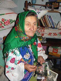 Tremtila I dushyla hirka slioza I spohady kruzhlyaly zhuravlyamy!, Ukraine, from Iryna