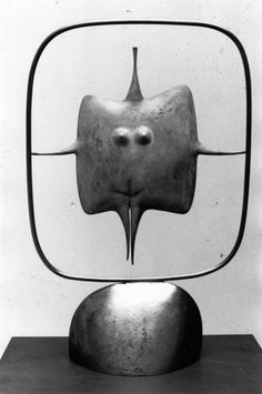 Philippe Hiquily Small Ecuyère - 1985:  H.61 x L.40 x P.16 cm.  Mobile steel and brass (blue patina).