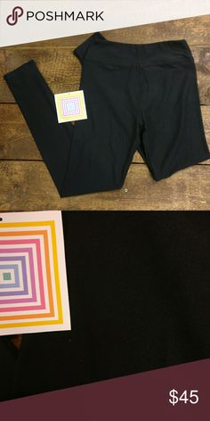 """LuLaRoe SOLID BLACK Unicorn Leggings Tween Size LuLaRoe rare SOLID BLACK """"Unicorn"""" Brand New Leggings  Tween Size  Never worn or washed, tried on once. Super stretchy and soft, buttery feel. LuLaRoe Bottoms Leggings"""