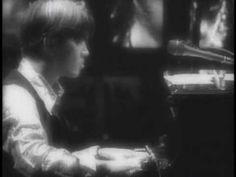 Ryuichi Sakamoto Pounding at my Heart.mpg - YouTube