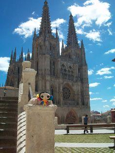 María en #Burgos #España. #Viaje #Diseño y #ArtesaniasMexicanas #kawaii #MariasINC