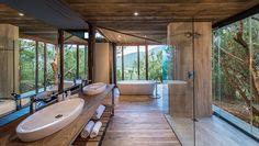 75 Walk-in Shower Designs for a Luxurious, Spa-Like Bathroom Spa Inspired Bathroom, Spa Like Bathroom, Small Bathroom, Bathroom Ideas, Nature Bathroom, Bathroom Rack, Contemporary White Bathrooms, Grey Modern Bathrooms, Fancy Bathrooms