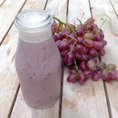 Grape vanilla smoothie ☺️ another one my faves going in the eBook ... Getting very excited to share. Hopefully I'll be able to help at least one person