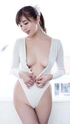 Teen Tiffani Thiessen Nude
