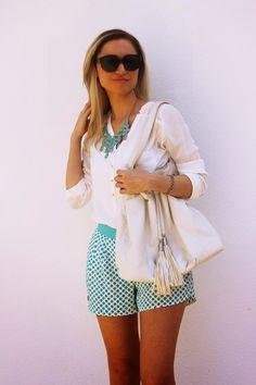 look do dia, ootd, look of the day, outfit, polka dots shorts, calções com padrão de bolas, azul turquesa, branco, chanel, primavera verão 2014, tendências, style statement, dicas de imagem, blog de moda portugal, blogues de moda portugueses
