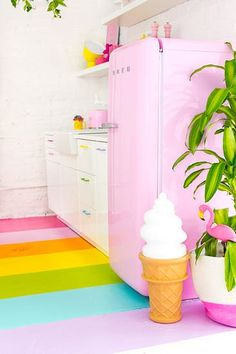 13 Times Rainbows Made a Space Better - Brit + Co Locker Crafts, Rainbow Kitchen, Rainbow House, Work Cubicle, Floor Pouf, Rainbow Decorations, Faux Stained Glass, Eclectic Decor, Home Interior