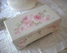 Vintage Roses Keepsake Box available at… Shabby Chic Storage, Shabby Chic Crafts, Shabby Chic Decor, Romantic Shabby Chic, Shabby Chic Style, Painted Chest, Hand Painted, Vintage Box, Vintage Roses