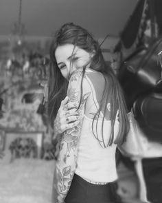 Candelaria Tinelli #tattoo #tattoolonglife #blackandgreytattoos #gangstatattoos #lifestyle #inkedplus #crazytattoos #tattoo2me #tattooedgirl #ink #inkedgirls