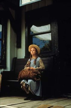 Anne of Green Gables . I love this book and movie. my heart broke for Anne as she sat waiting for someone to claim her. I always love when PBS shows this movie. Anne Shirley, Anne Of Avonlea, Megan Follows, Gilbert Blythe, Anne With An E, Kindred Spirits, Great Movies, Awesome Movies, Jane Austen