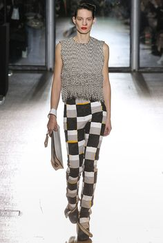 #AcneStudios #FW2015_16 #trends #crochet #checkeret #extraLength #fringe #Catwalk #PFW #Paris