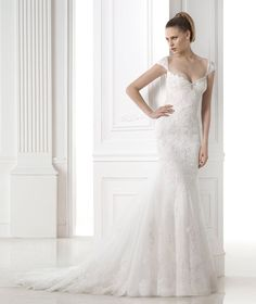 Wedding dresses from the Fashion 2015 collection - Pronovias