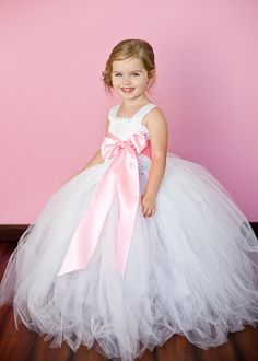 Latest Solid Color Flower Girls Tutu Dress Kids Tulle Dress for Birthday/Wedding/Party Children Girl Ball Gown Tutus Girls Tutu Dresses, White Flower Girl Dresses, Flower Girl Tutu, Tutus For Girls, Flower Girls, Princess Flower, Pageant Dresses, Long Tutu, Robes Tutu
