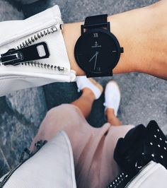 "Gefällt 10 Tsd. Mal, 83 Kommentare - Kapten & Son (@kaptenandson) auf Instagram: ""⌚️Time you enjoy wasting is not wasted time 💕- @stalkmemore_ wearing her brand new #purenoxmesh…"""