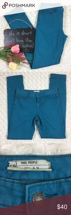 """Free People teal blue skinny jeans Free People teal blue skinny jeans. Gorgeous jeans and perfect for Fall!! In excellent condition. Size 26. 31"""" inseam. Free People Jeans Skinny"""