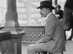 """In his progressive work """"Shame of the Cities,"""" Lincoln Steffens exposed the political corruption, graft, bribes and unrepresentative nature of city governments. Of Philadelphia, Stevens wrote, it is """"the most corrupt and the most contented."""" 