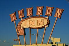 Retro Tucson Inn Sign
