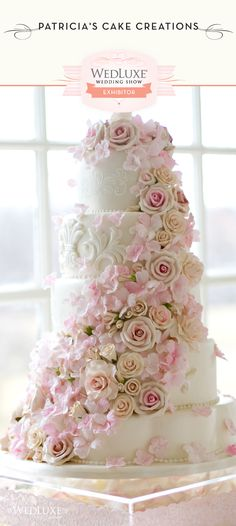 wedding cake.... THESE CAKES ARE GORGEOUS,,THIS WOMEN IS AN ARTIST...WOULD HAVE LOVED TO HAVE HAD ONE OF HER MASTERPIECES!!!