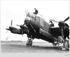 Lancaster Bomber, Caption, Ww2, Lincoln, World War, Plane, Manchester, Fighter Jets, Aircraft