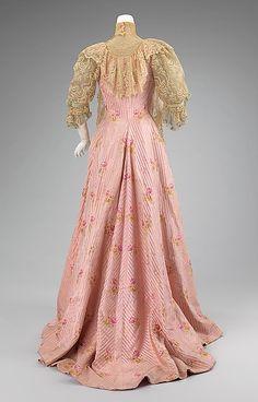Tea gown (image 2) |