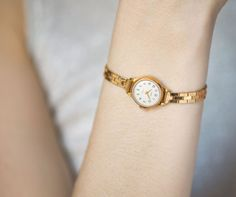 Collectible women's watch bracelet Seagull  gold plated by 4Rooms