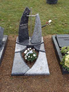 Obelisks, Graveyards, Useful Life Hacks, Crochet, Outdoor Decor, Design, Gardens, Cemetery, Monuments