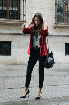 Blog de Moda | LITTLE BLACK COCONUT | Bloguera de moda en León: Red velvet blazer