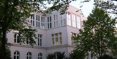 """Hochschule für Angewandte Wissenschaften Hamburg """"Hh-hawarmg"""" von Staro1 - Von Staro1 am 12. Mai 2006 in die deutschsprachige Wikipedia geladen.. Lizenziert unter CC BY-SA 3.0 über Wikimedia Commons."""