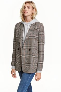 Double-breasted jacket: Straight-cut, double-breasted jacket in woven fabric with two front pockets and a double back vent. Lined.