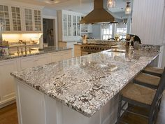 When about to pick a new granite for countertops, the edge can give significant look in overall design! Granite countertop edges play quite important Discount Granite Countertops, Granite Countertop Edges, Dark Countertops, Granite Kitchen, Kitchen Countertops, New Kitchen, Kitchen Decor, Basement Kitchen, Country Kitchen