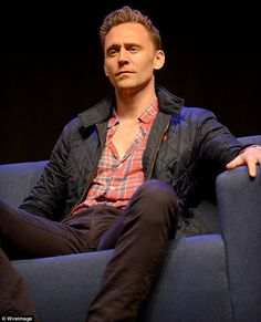 Tom Hiddleston shoots down speculation he's set to take over from Daniel Craig as the next James Bond | Daily Mail Online