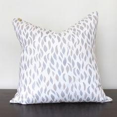 Petal Pillow – SummerHouseStyle.com