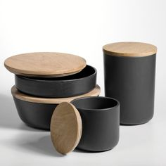 black Ceramic Box Entity with wood lid from la redoute via remodelista Id Design, Loft Design, Kitchen Jars, Kitchen Items, Cosmetic Containers, Picnic Set, Wooden Tops, Cooking Gadgets, Jar Storage