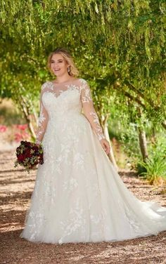 Plus Size Wedding Dresses With Sleeves, Plus Wedding Dresses, Formal Dresses For Weddings, Wedding Dress Sleeves, Long Sleeve Wedding, Wedding Dress Styles, Bridesmaid Dresses, Lace Sleeves, Dress Formal