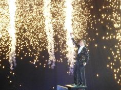 Buble 01/05/14 Gotta love a bit of fireworks #Buble #MelbsLovesBuble @Michael Dussert Buble | Veooz
